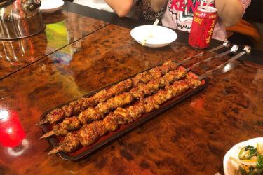 中華の羊肉料理の代表格「羊肉串」と神田味坊について