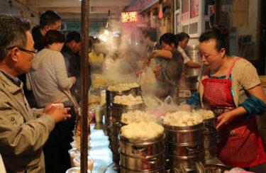 延辺料理の本場、延吉の朝市食べ歩きで知る朝鮮族料理のすべて